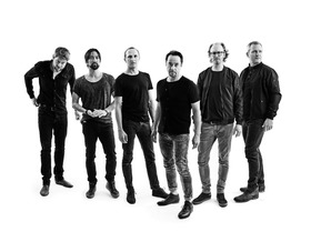 Bild: Radio Doria  -  Jan Josef Liefers Live mit Band -