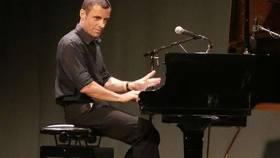 Bild: Jazz, Blues, Boogie Woogie - Klaviervirtuose, Entertainer und Bluesharpspieler