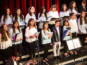 Bild: Jugendorchester und Jugendchor