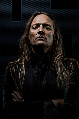 """Bild: Jesper Binzer supp: Gus G. - """"Dying Is Easy"""" Tour 2018"""