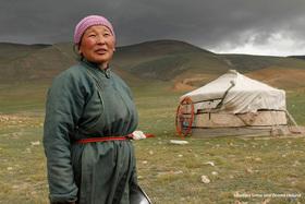 Bild: »Mongolei - Mit Kind und Kamel unterwegs im Nomadenland«