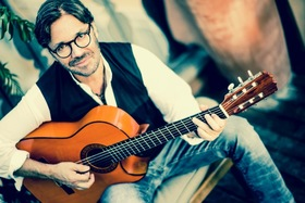 Bild: Al Di Meola: Opus Tour 2018 - New Di Meola compositions, Piazzolla & Lennon-McCartney