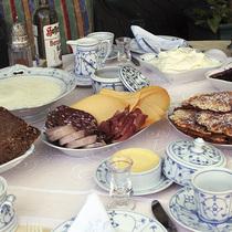 Bild: Bergische Kaffeetafel - Weiße Flotte