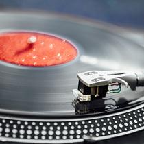 Bild: Vinyl-Party - Sonderfahrten 2018 - Entspannen, Erleben & Entdecken