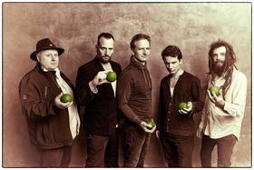 Bild: Apfeltraum - Cäsars Söhne spielen Cäsars Songs