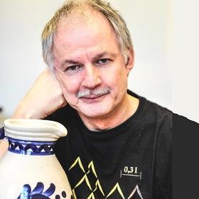 Bild: In de Kurv´ graadaus – Ein Hesse sagt, wo´s langgeht - Kabarett mit Clajo Herrmann