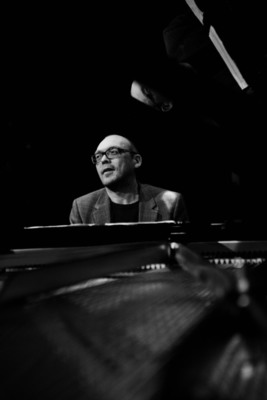 "Bugge Wesseltoft - ""Everybody Loves Angels"" - Solo-Piano-Konzert"