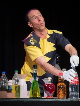 Bild: Magic Andys verrücktes Chemie-Labor - Die Show für wissbegierige Nachwuchsforscher ab 6 Jahre