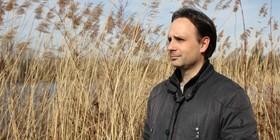 Sakari lernt durch Wände zu gehen - Jan Costin Wagner liest und musiziert