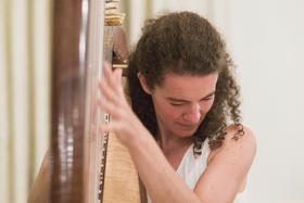 Bild: Heidi Pixner - Himmlische Harfenklänge und Texte zum Jahresende