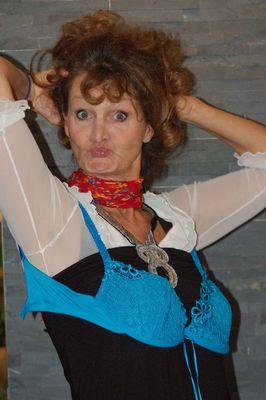 Bild: Barbara Weinzierl - Solo auf der Bühne onderm Balka - Erstmals im Cafe-Bricklebrit