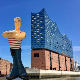 Bild: Hamburg: Elbphilharmonie Plaza Tour - Mit Fischbrötchen oder anderem Mittagssnack