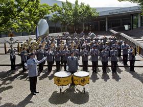 Bild: Benefizkonzert mit dem Heeresmusikkorps Hannover - Leitung: Oberstleutnant Martin Wehn