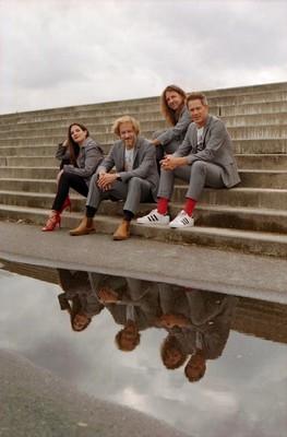 Bild: LaLeLu - a capella comedy - Die Schönen und das Biest