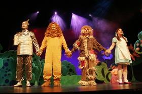 Bild: Der Zauberer von OZ - Theater mit Horizont Wien