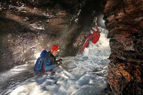 Bild: ARGE Blautopf - Blaubeuren - Neues aus der Blauhöhle