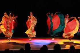 Bild: Tanzreise um die Welt - Sommeraufführung der Ballettschule Olga Kochanke