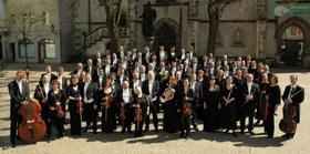 Bild: Orchester und Liedrevue - Die Herzen der stolzesten Frau'n