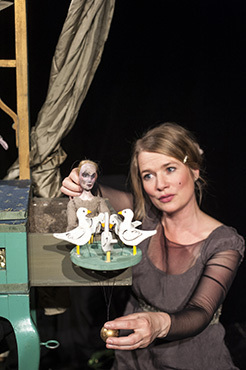 Bild: Aschenputtel - Figurentheater Mensch, Puppe