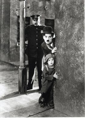 Bild: The Kid/Ein Hundeleben - Anhaltisches Theater Dessau