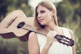 Bild: HANNE KAH & Band - Popfolk-Musik