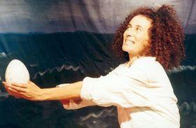 Bild: Kater Zorbas - Wie Kater Zorbas der kleinen Möwe das Fliegen beibrachte
