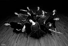 Bild: Die TANZ-ETAGE... mit aller Macht - Tänzerische Höhepunkte in Jazz, Step und Modern Dance sowie Gesang und Klavier
