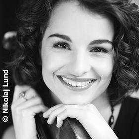 Bild: Alina Pogostkina – Violine, Nimrod Guez – Viola, Danjulo Ishizaka – Violoncello - Auf himmlische Art