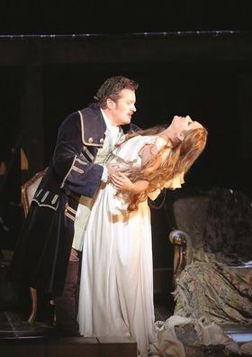 Die 13. Spielzeit der Metropolitan Opera - live Übertragung im C1 Cinema - Cilea ADRIANA LECOUVREUR