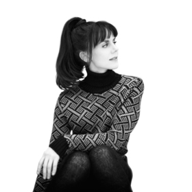 Bild: Anna Depenbusch - Solo am Klavier 2018