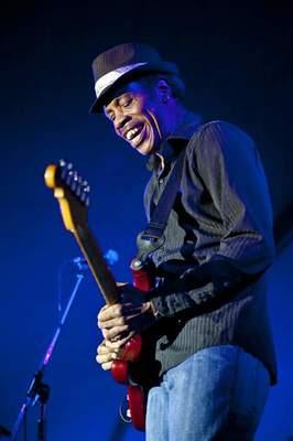 Bild: Richie Arndt Band (D) / James Armstrong (USA)  -  5. Freiburg Blues Festival 2018