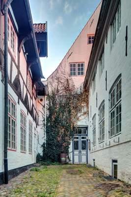 Bild: Neues Leben in alten Höfen - mit Eiko Wenzel auf Deutsch