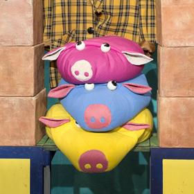 Bild: Die drei kleinen Schweinchen - Anhaltisches Theater Dessau