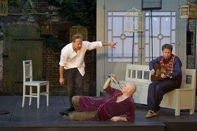 Bild: Onkel Wanja - Theater Poetenpack
