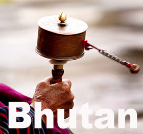 Bild: FESTIVAL KIEL: Bhutan 26° 28° N - Königreich Himalaya