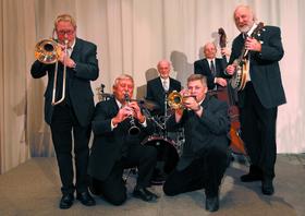 Bild: Butterbrezel-Jazz im Schlosshof mit JAZZMO
