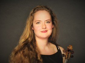 Bild: Nina Reddig (Violine) : De Profundis