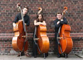 Bild: Abassionato: Juliane Bruckmann, Lars Radloff, Matthias Solle (Kontrabass) : Busy Bassists