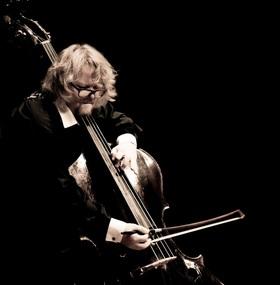 Bild: Beethoven aus Berlin: Janne Saksala, Bass,  mit Solisten der Villa Musica - Grünstadter Sternstunden mit Villa Musica Rheinland Pfalz