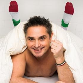 Bild: Italiener schlafen nackt – manchmal auch in Socken - Comedy mit Roberto Capitoni