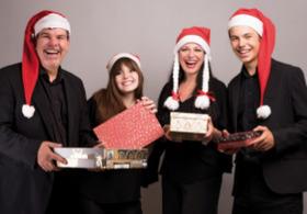 Bild: Music Factory Night - Schöne Bescherung - Eine Familie packt aus!