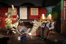 Bild: Pettersson zeltet - Gastspiel vom Wittener Kinder- und Jugendtheater