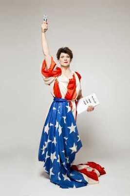 "Gayle Tufts - ""AMERICAN WOMAN"" Der Solo-Abend mit Lesung, Comedy und Musik"