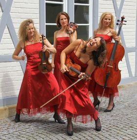 Bild: Manon & Co - Damenstreichquartett - ...musikalisches Entertainment deluxe