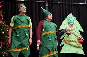 Bild: Ruhrpott Revue - Weihnachtsrevue