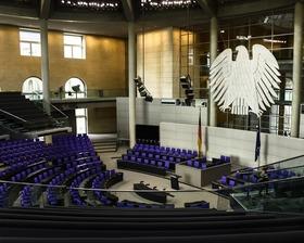 Bild: Politik und Wirtschaft - Vorträge an der Urania Berlin