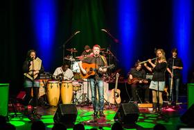 Bild: Chris Pookah & The Faeries - CD-Release-Show