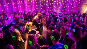 Kopfhörerparty Magdeburg - Party auf 3. Floors in 1. Raum ....
