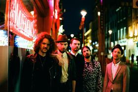 Bild: Im Herzen Alternative Rocker mit De Staat & Special Guests