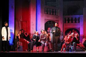 Bild: Die Fledermaus - Komische Operette von Johann Strauß in drei Akten